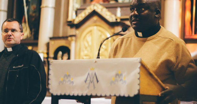 Páter John z Kene vo farnosti